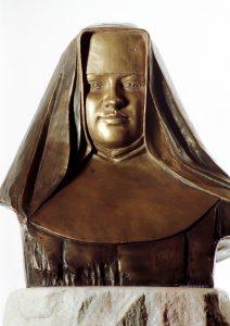 Bronzebüste: Restituta im Nonnengewand