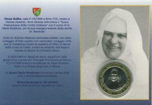 Abbildung von Schwester Restituta als Doppelbildchen mit Gedenkmedaille mit italienischen Text